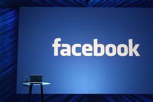 Посещаемость Facebook продолжает падать