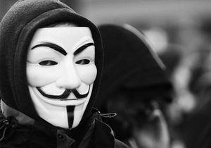 Скрываясь за масками...